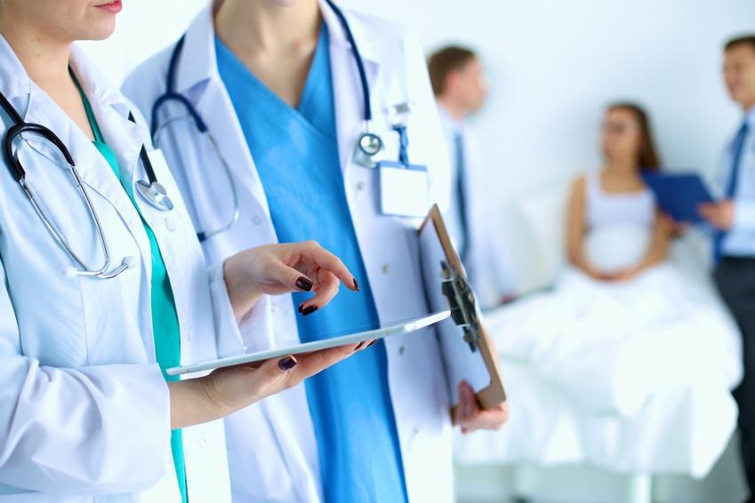 結婚や就職の際のがん保険加入の必要性は?